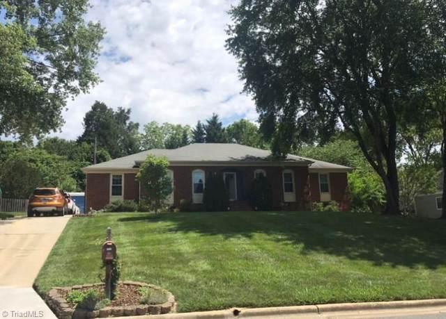 5512 Robinridge Road, Greensboro, NC 27410 (MLS #981216) :: Ward & Ward Properties, LLC