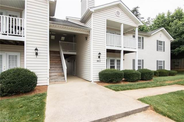 802 Moultrie Court, Greensboro, NC 27409 (MLS #981492) :: Berkshire Hathaway HomeServices Carolinas Realty
