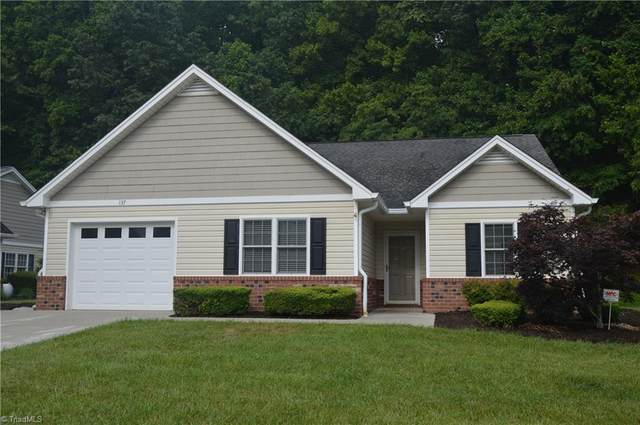 137 Plantation Place Lane, Mount Airy, NC 27030 (MLS #981676) :: Berkshire Hathaway HomeServices Carolinas Realty