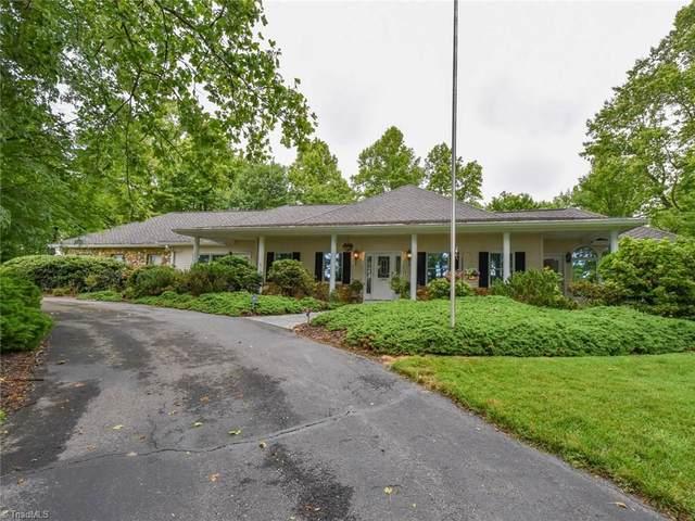 190 Ridge Road, Roaring Gap, NC 28647 (MLS #981732) :: Greta Frye & Associates | KW Realty Elite