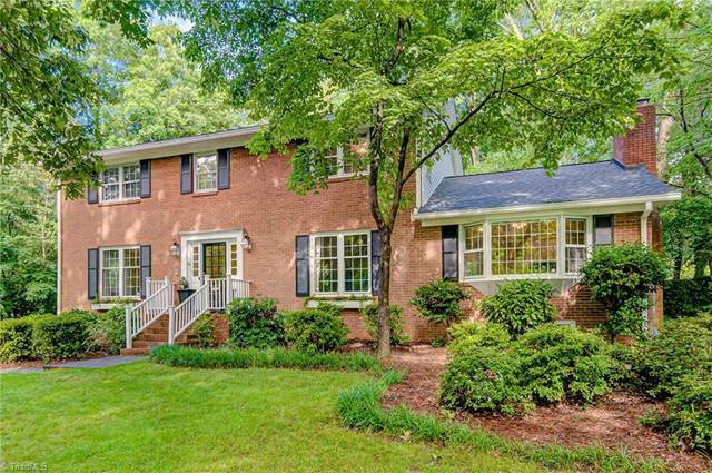 470 Staffordshire Road, Winston Salem, NC 27104 (MLS #982009) :: Berkshire Hathaway HomeServices Carolinas Realty