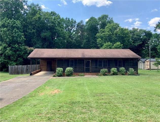 2497 Cornatzer Road, Advance, NC 27006 (MLS #983414) :: Berkshire Hathaway HomeServices Carolinas Realty