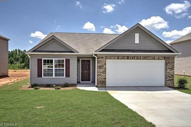 4920 Black Forest Drive #143, Greensboro, NC 27405 (MLS #983538) :: Ward & Ward Properties, LLC
