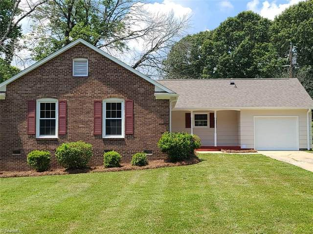 4112 Donegal Drive, Greensboro, NC 27406 (MLS #983618) :: Berkshire Hathaway HomeServices Carolinas Realty