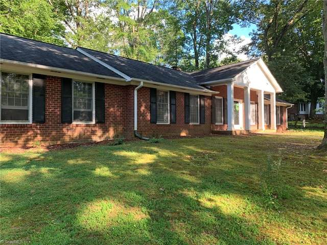 707 Brookgreen Drive, Lexington, NC 27292 (MLS #984055) :: Berkshire Hathaway HomeServices Carolinas Realty