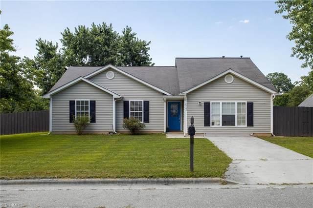 2702 Chadbury Drive, Greensboro, NC 27407 (MLS #984169) :: Team Nicholson