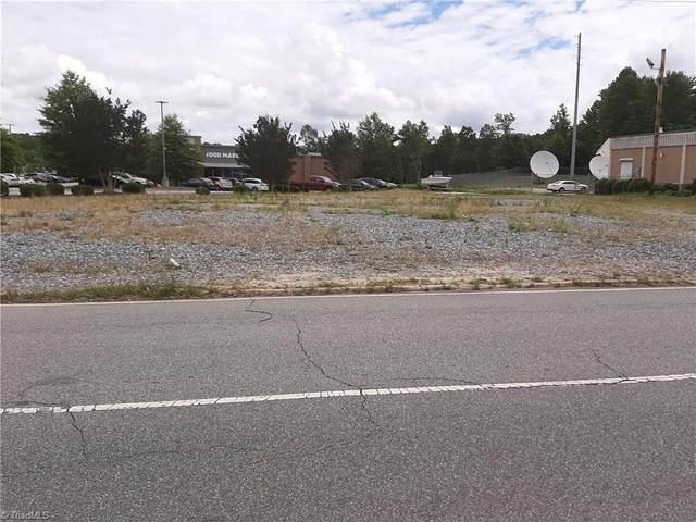 3300 N Main Street, High Point, NC 27265 (MLS #984430) :: HergGroup Carolinas | Keller Williams