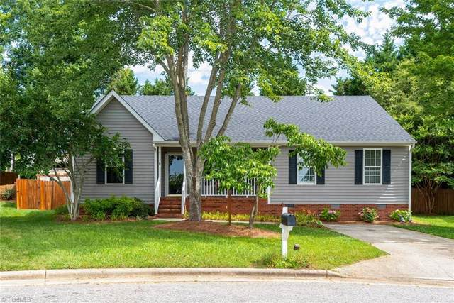 5909 Tall Pine Court, Jamestown, NC 27282 (MLS #984507) :: Berkshire Hathaway HomeServices Carolinas Realty