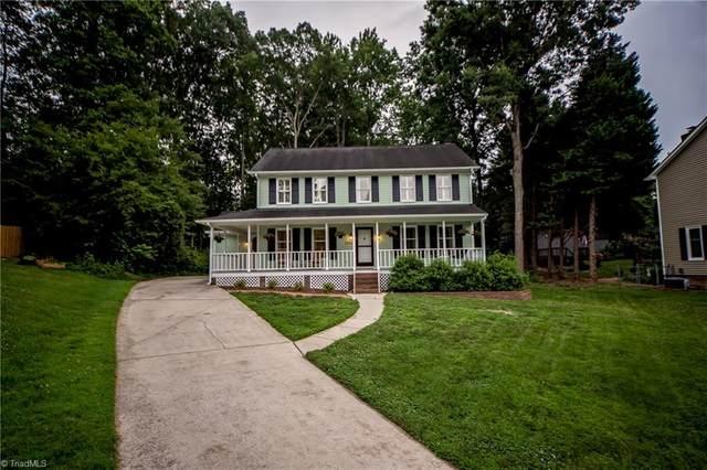 1102 Edinburgh Court, Jamestown, NC 27282 (MLS #984548) :: Berkshire Hathaway HomeServices Carolinas Realty