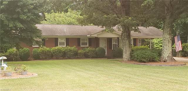 299 Livengood Drive, Winston Salem, NC 27107 (MLS #984587) :: Berkshire Hathaway HomeServices Carolinas Realty