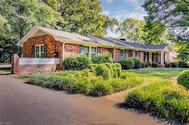 6712 Rollingwood Drive, Clemmons, NC 27012 (MLS #984673) :: Ward & Ward Properties, LLC