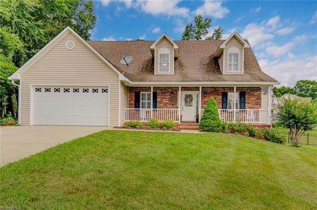 6655 Valleyoak Drive, Clemmons, NC 27012 (MLS #984676) :: Ward & Ward Properties, LLC