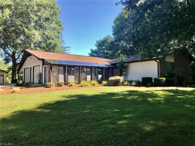 1100 Lakeview Drive, King, NC 27021 (MLS #984843) :: Berkshire Hathaway HomeServices Carolinas Realty