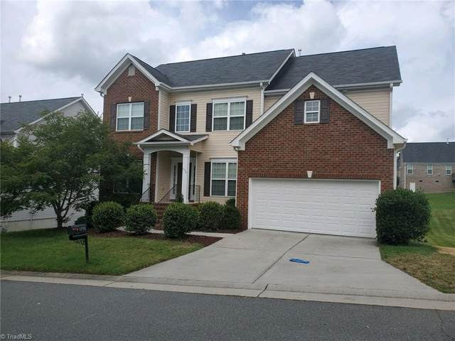 1776 Lakefield Drive, Clemmons, NC 27012 (MLS #984986) :: Berkshire Hathaway HomeServices Carolinas Realty
