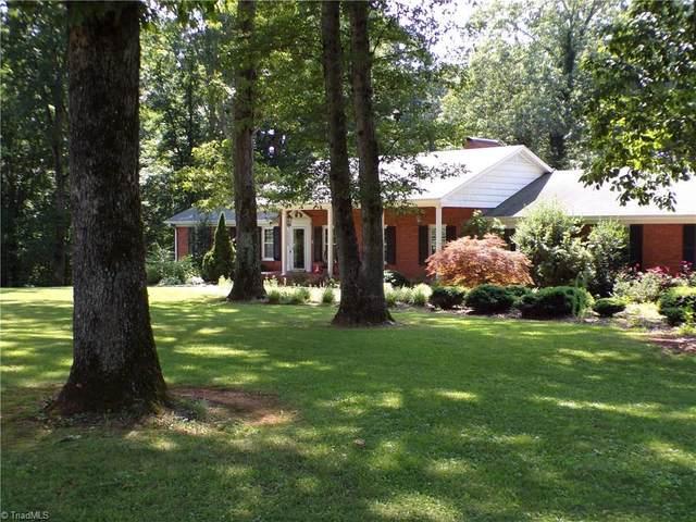 2525 Nebo Road, Boonville, NC 27011 (MLS #985186) :: Berkshire Hathaway HomeServices Carolinas Realty