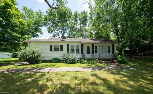 2045 Cline Street, Statesville, NC 28677 (MLS #985275) :: Ward & Ward Properties, LLC