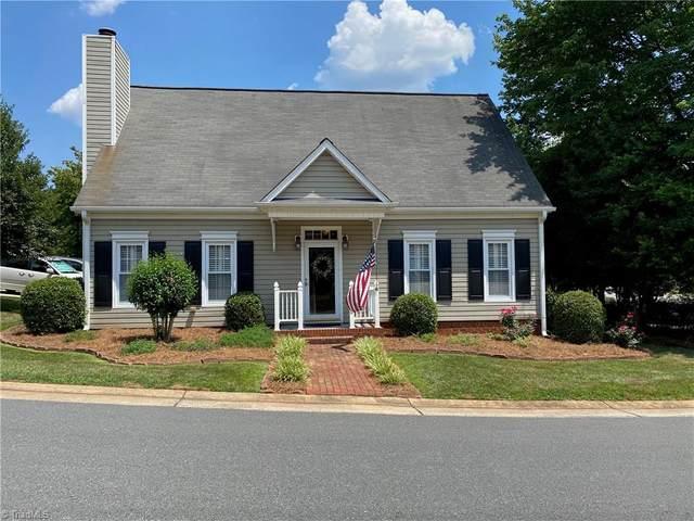 2790 Kingsdale Court, Winston Salem, NC 27103 (MLS #985460) :: Ward & Ward Properties, LLC