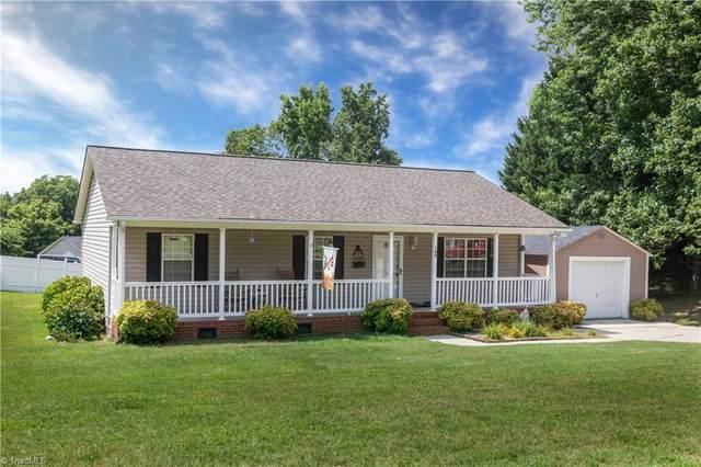 100 Poplar Lane, Thomasville, NC 27360 (#985849) :: Premier Realty NC