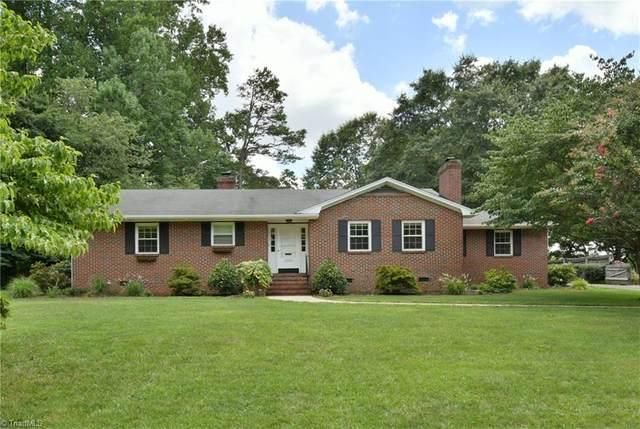 2864 Monticello Drive, Winston Salem, NC 27106 (MLS #988568) :: Berkshire Hathaway HomeServices Carolinas Realty