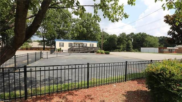 3023 Kernersville Road, Winston Salem, NC 27107 (MLS #989643) :: Team Nicholson