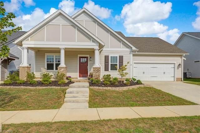 1829 Springcrest Drive, Kernersville, NC 27284 (MLS #993623) :: Berkshire Hathaway HomeServices Carolinas Realty