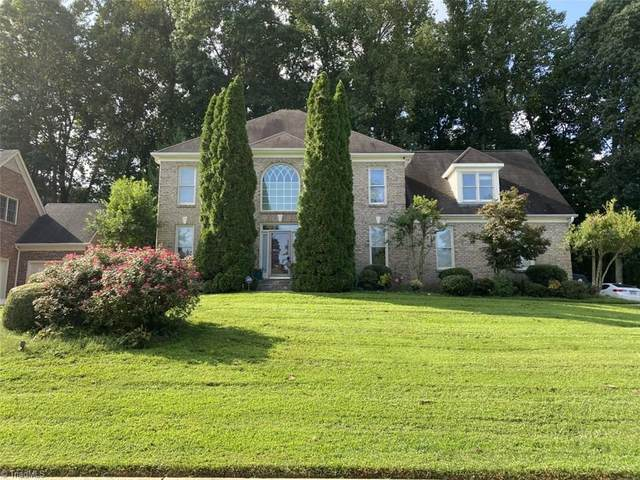4718 Chesterfield Place, Jamestown, NC 27282 (MLS #993800) :: Berkshire Hathaway HomeServices Carolinas Realty