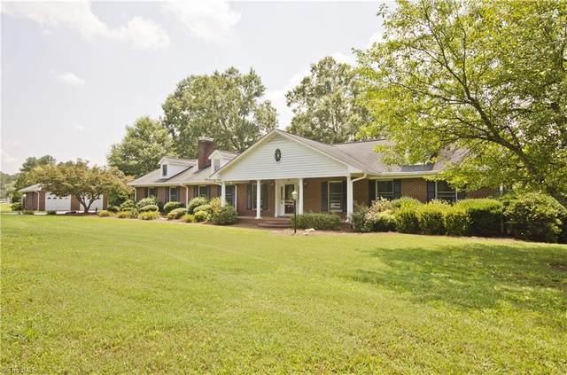 114 Long Meadow Road, Mocksville, NC 27028 (MLS #995341) :: Berkshire Hathaway HomeServices Carolinas Realty
