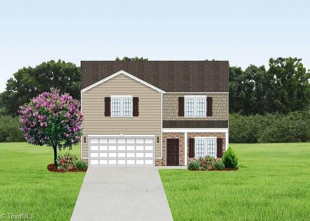 4870 Seven Hills Road, Pfafftown, NC 27040 (MLS #996497) :: Berkshire Hathaway HomeServices Carolinas Realty