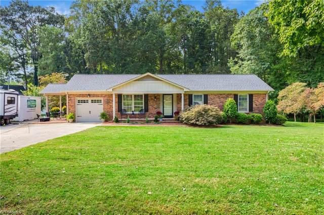 5305 Hiddenbrook Drive, Mcleansville, NC 27301 (MLS #996818) :: Berkshire Hathaway HomeServices Carolinas Realty