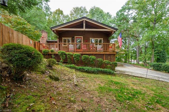 5030 Edgefield Drive, Winston Salem, NC 27127 (MLS #996950) :: Berkshire Hathaway HomeServices Carolinas Realty