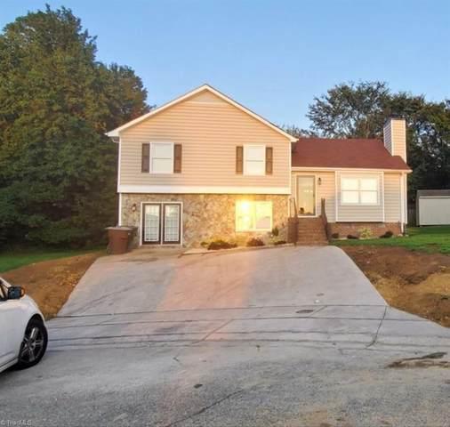14 Fieldale Court, Greensboro, NC 27406 (MLS #997026) :: Berkshire Hathaway HomeServices Carolinas Realty