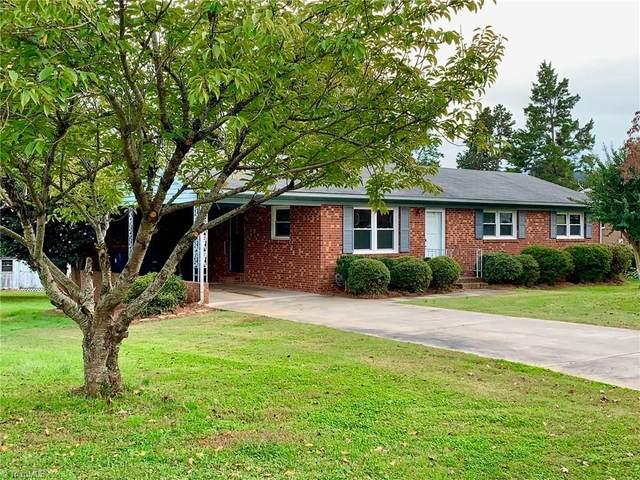 305 Sweetbriar Drive, Lexington, NC 27295 (MLS #999107) :: Team Nicholson