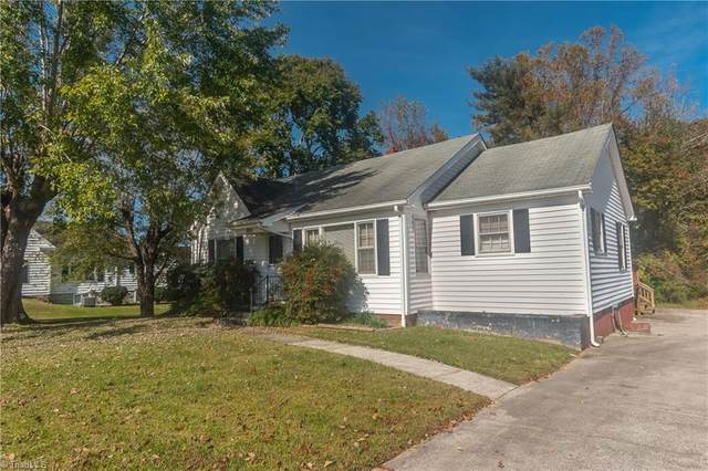 1611 E Pine Street, Mount Airy, NC 27030 (MLS #999204) :: Berkshire Hathaway HomeServices Carolinas Realty