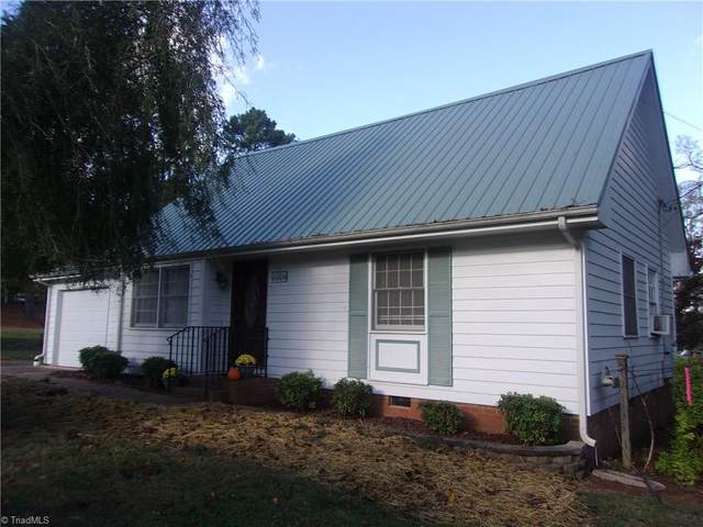 1291 Cliffwood Drive, Asheboro, NC 27205 (MLS #999382) :: Lewis & Clark, Realtors®