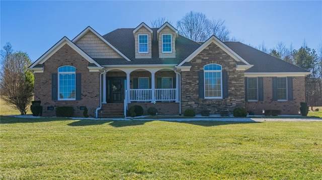 157 Stone Gables Lane, Thomasville, NC 27360 (MLS #1013481) :: Greta Frye & Associates | KW Realty Elite