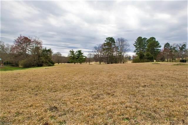 422 Burning Tree Circle, High Point, NC 27265 (MLS #1015764) :: Berkshire Hathaway HomeServices Carolinas Realty