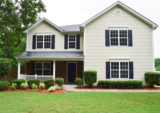 1801 Chapel Edge Drive, Greensboro, NC 27405 (MLS #1026700) :: Berkshire Hathaway HomeServices Carolinas Realty