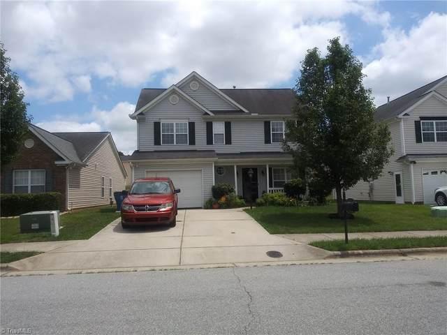4114 Youngstown Drive, Greensboro, NC 27405 (#1028230) :: Rachel Kendall Team