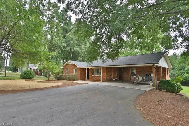 1440 Courtney Huntsville Road, Yadkinville, NC 27055 (MLS #1040270) :: Team Nicholson