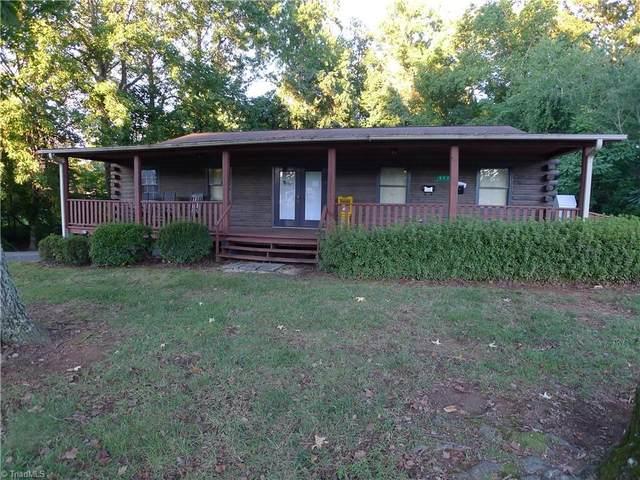 977 Yadkinville Rd Yadkinville Road, Mocksville, NC 27028 (MLS #1043315) :: Hillcrest Realty Group