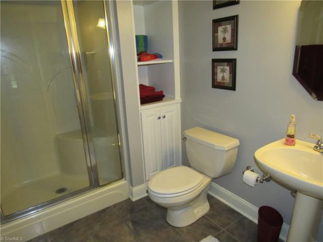 5810 Beckenham Way, Oak Ridge, NC 27310 (MLS #845956) :: Kristi Idol with RE/MAX Preferred Properties