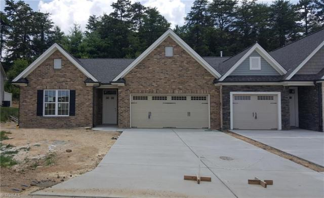 6141 Sunny Brook Drive #14, Clemmons, NC 27012 (MLS #879244) :: Kristi Idol with RE/MAX Preferred Properties
