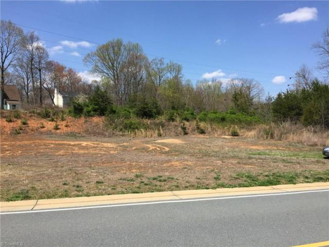 1111 Folkstone Ridge Lane, Winston Salem, NC 27127 (MLS #881867) :: HergGroup Carolinas