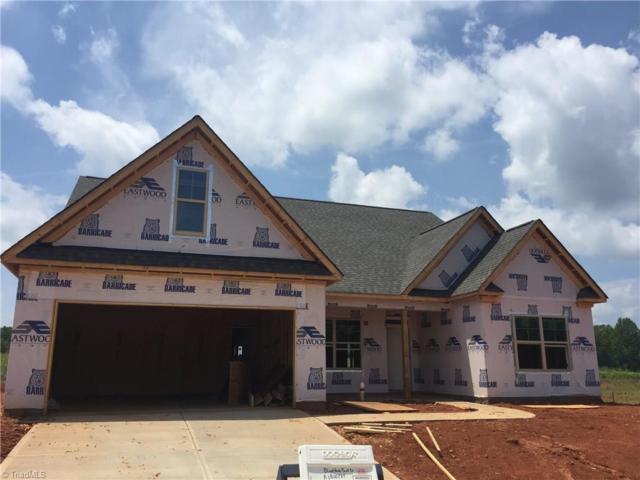 6446 Bluestone Park Drive, Clemmons, NC 27012 (MLS #883601) :: Lewis & Clark, Realtors®