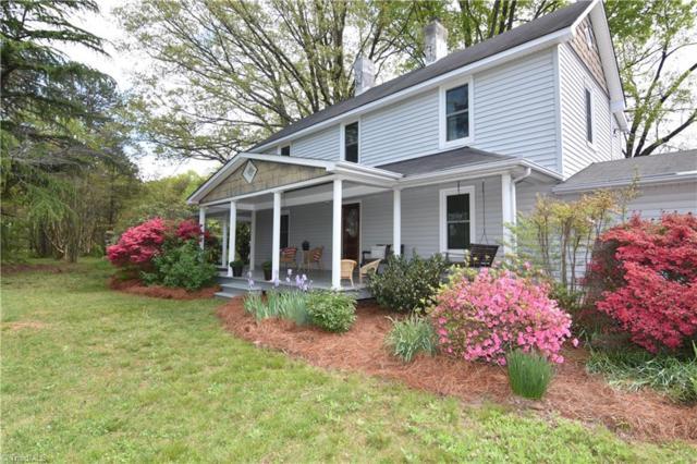 2425 Spicewood Drive, Winston Salem, NC 27106 (MLS #884909) :: Kristi Idol with RE/MAX Preferred Properties
