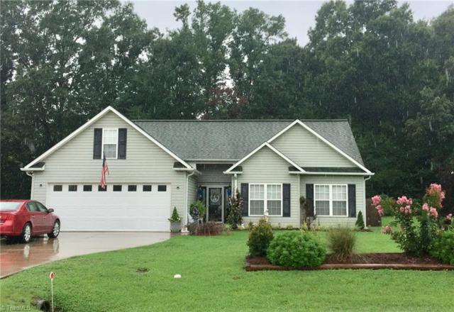 260 Summit Drive, Mocksville, NC 27028 (MLS #897714) :: Kristi Idol with RE/MAX Preferred Properties
