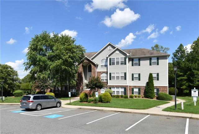 324 Scholastic Court, Winston Salem, NC 27106 (MLS #897984) :: Kristi Idol with RE/MAX Preferred Properties