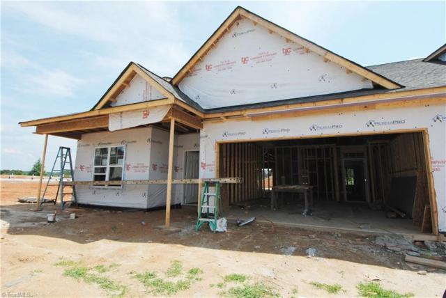 301 Rollingbrook Court, Clemmons, NC 27012 (MLS #898281) :: Kristi Idol with RE/MAX Preferred Properties
