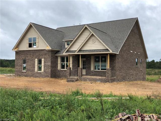 2628 Lunsford Road, Summerfield, NC 27358 (MLS #901760) :: Kristi Idol with RE/MAX Preferred Properties