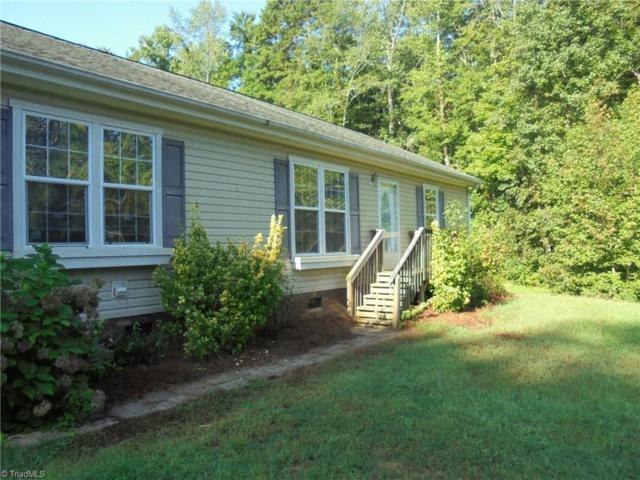 8009 Eastridge Road, Oak Ridge, NC 27310 (MLS #902168) :: Kristi Idol with RE/MAX Preferred Properties
